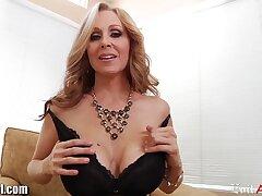 Stunning full-grown woman over 50 Julia Ann sucks Diacritical mark Wood's cock