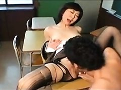 Flimsy MILF adjacent to stockings shows pussy