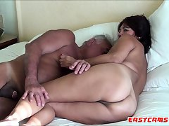 ASIAN WIFE SUCK DADDY Horseshit