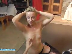 Mommy blond teem sprog at a porno audition