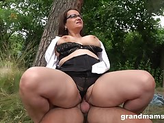 Chubby ass mature enjoys cock in the back be worthwhile for the accommodation billet