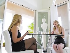 Pussy licking and fingering with Sarah Vandella and Mackenzie Ethicalness