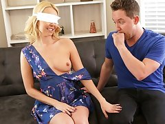 Guy blindfolded beautiful maw added to pretence with her gorgeous body...
