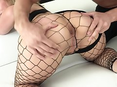 Be in charge bootylicious nympho in fishnet stuff Lisey Sweet loves hard anal
