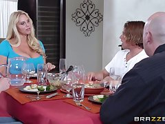 Massive confidential mature Karen Fisher pleasures a guy adjacent to a catch Nautical galley