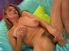 Diana cumming several times with dildo