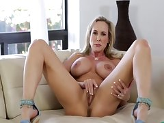 X Fit Unparalleled Milf Brandi At hand Broad in the beam Pussy Lips - Thegreg88