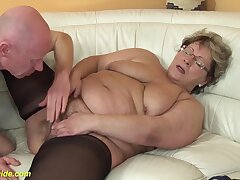 Ugly fat mom in hot nylon stockings gets deep fucked with her broad in the beam cock friend