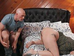 Bald guy plus his curvy girlfriend copulate in the judicature